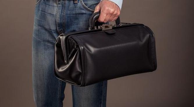Arzt- und Pflegetaschen