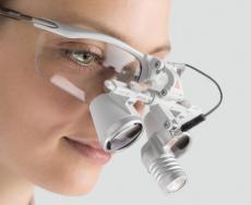 Heine LED Kopflupen-Beleuchtung