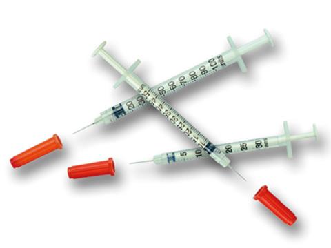 Terumo Insulinspritzen Myjector, 1 ml U-40, ohne Totvolumen (100 Stück) mit Kanüle 0,33 x 12 mm